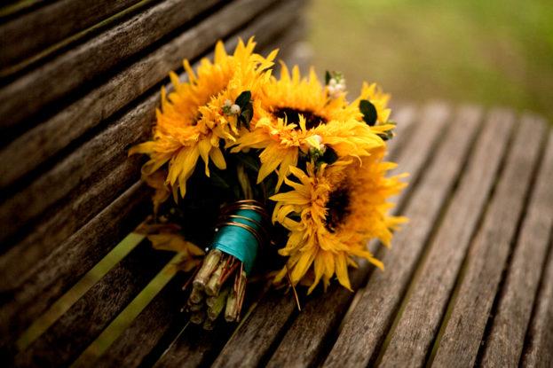 Sunflower Bridal Bouquet - صور ورد وزهور Rose Flower images