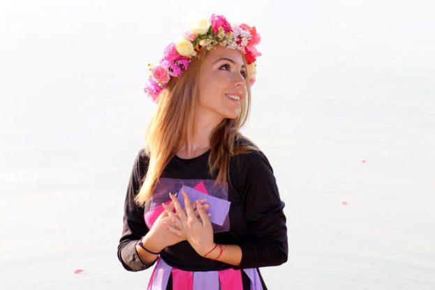 صور طوق الورد للبنات-صور ورد